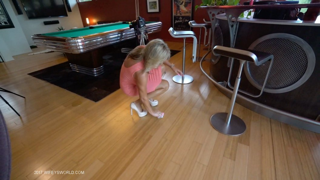 Sandra Otterson - Game Room Fun | Picture (70)