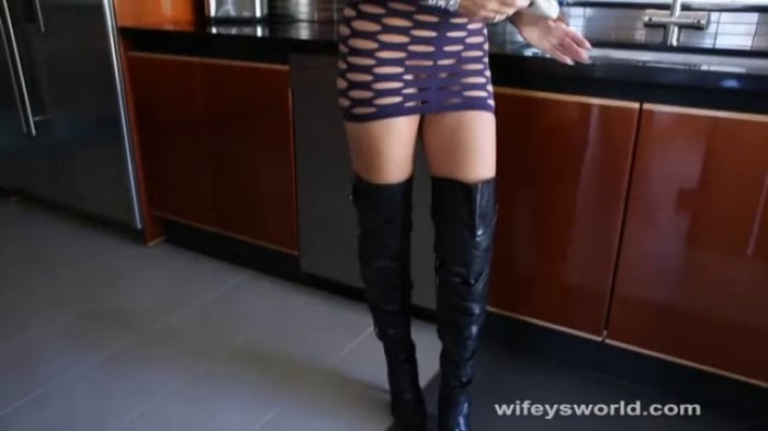 Sandra Otterson in Boots N Hoots